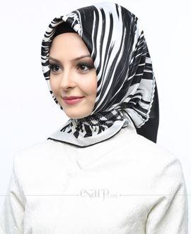 AKEL Siyah Beyaz Renkli Geometrik Desenli Saten Eşarp 101077